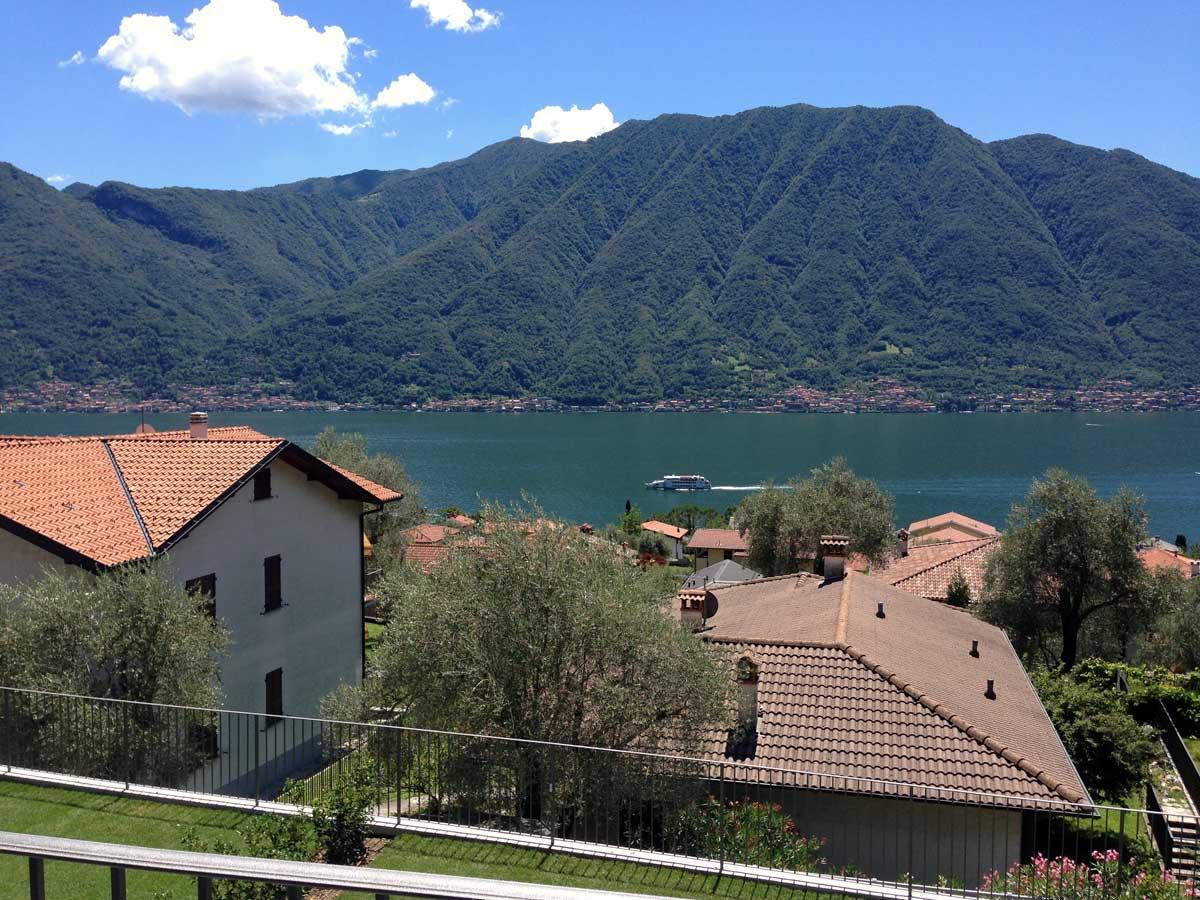 Vista Lago.