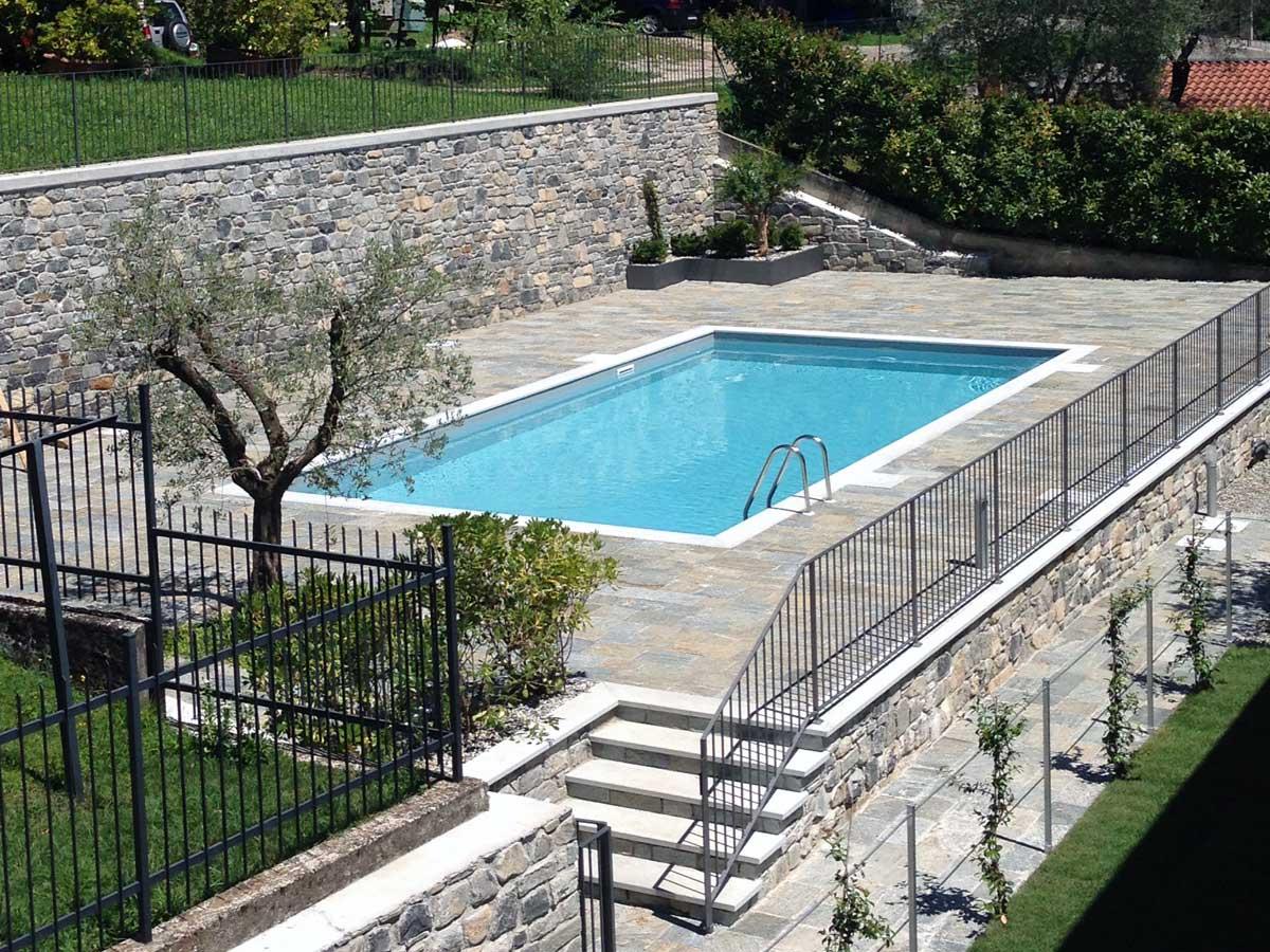 Ossuccio piscina privata.
